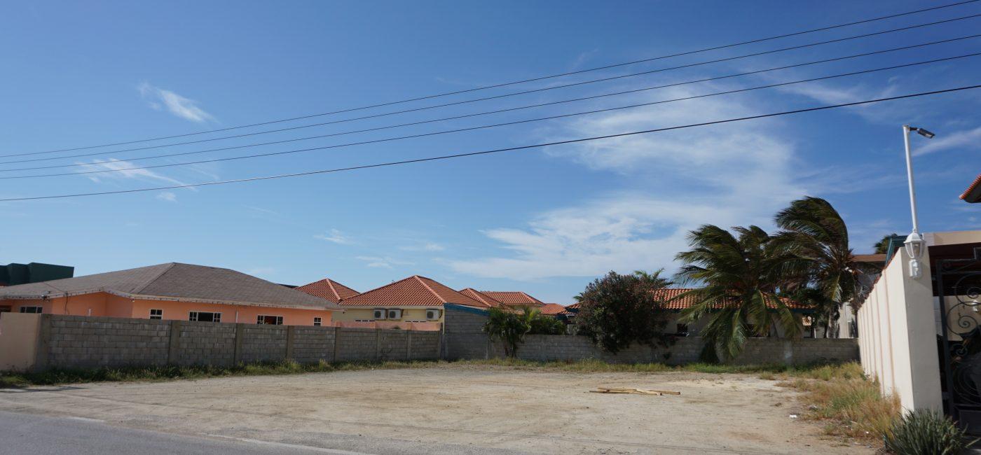 Kamay land 630 m2 (1)