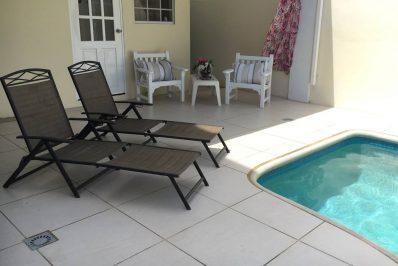 Luxury-New-Studios-Walk-to-Palm-Beach-2-398x266