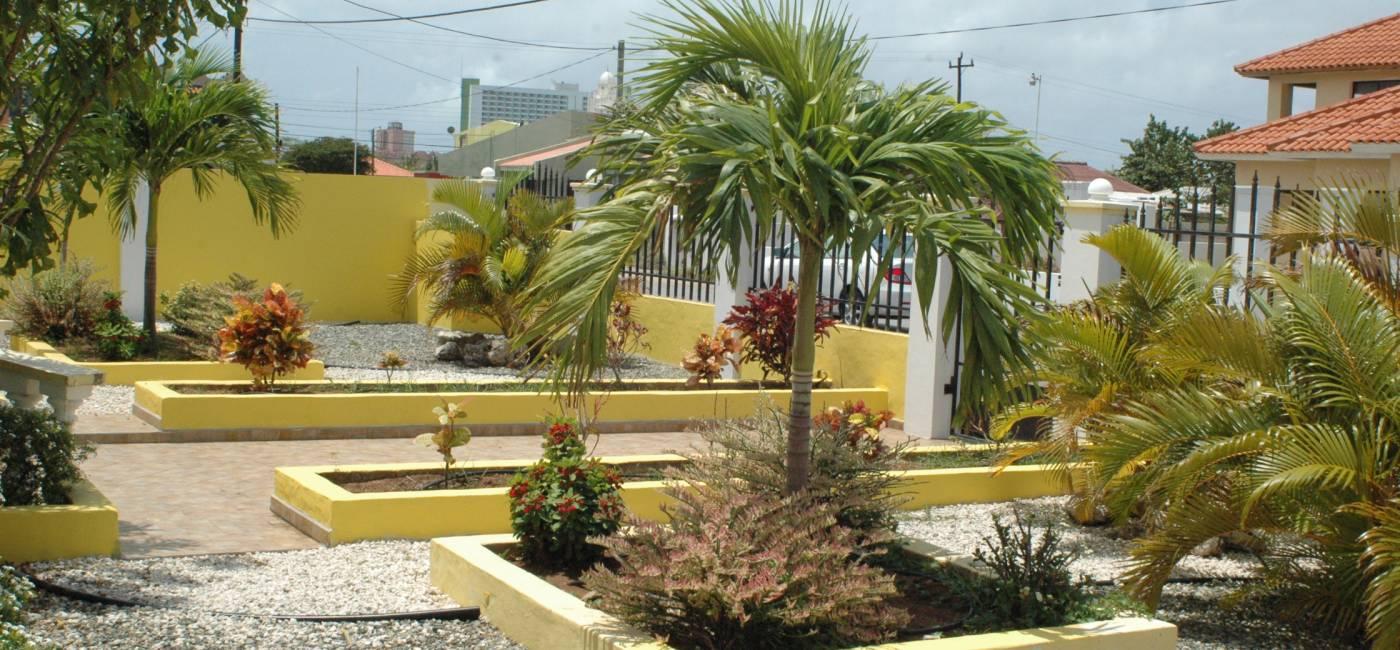 Palm Beach 172C exterior (6)