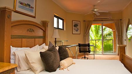aruba-villa-sunset-room-1