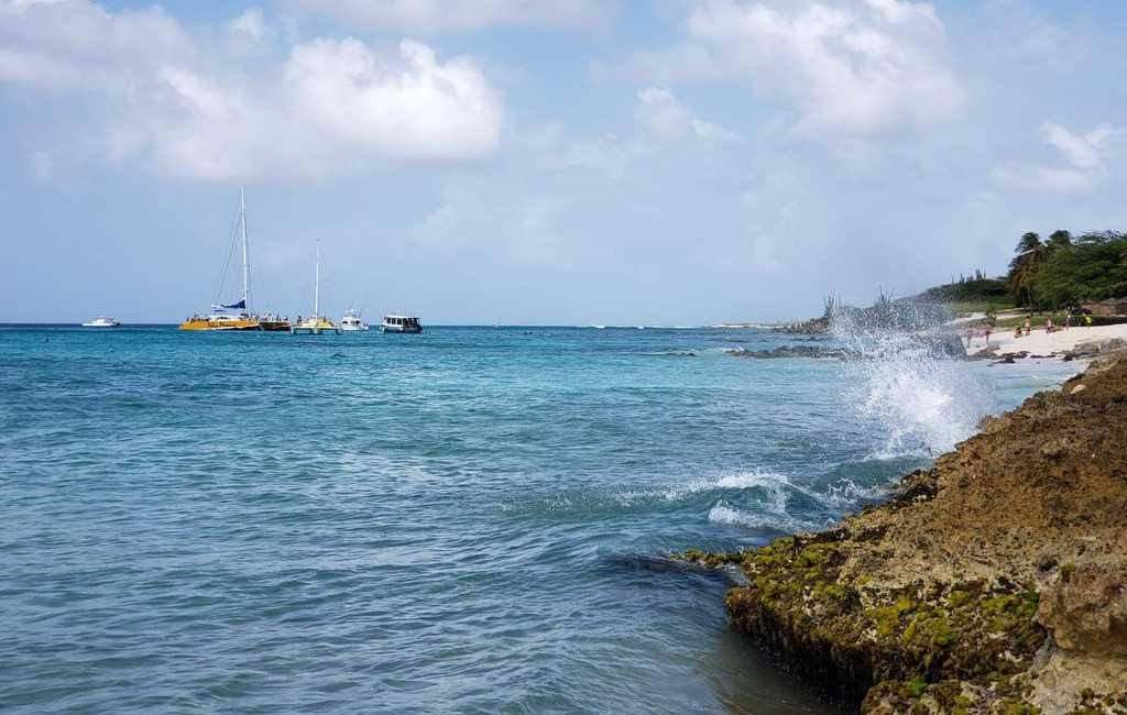 LARGE MODERN BEACH VILLA aruba haven 36