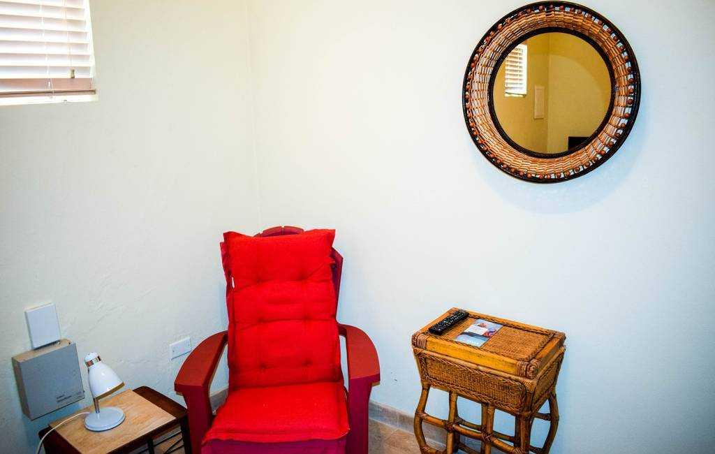 Spacious apartment near Palm Beach with POOL! 19