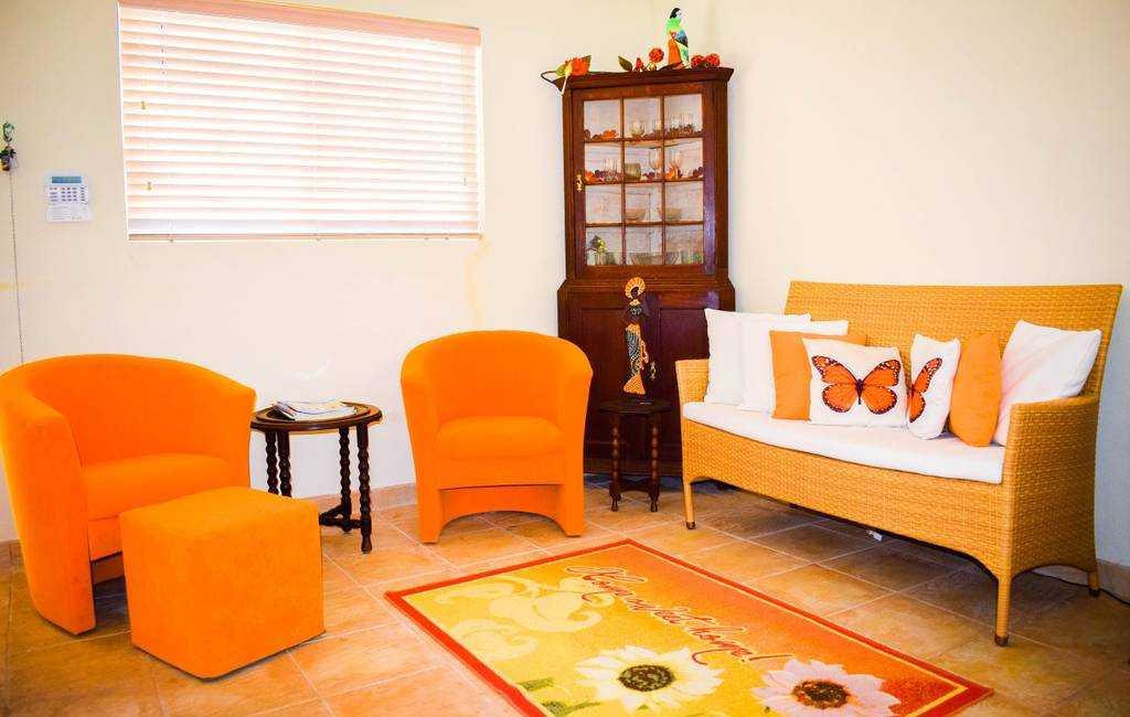 Spacious apartment near Palm Beach with POOL! 3