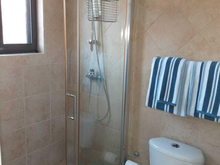 2 bedrooms 3 bathrooms townhouse Gold coast 11