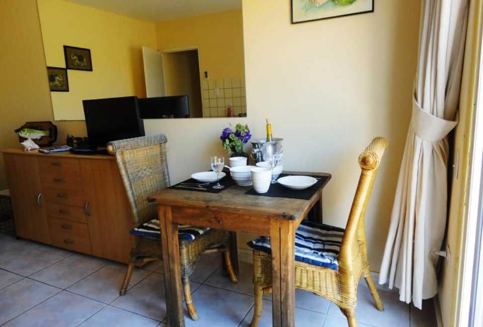 One Bedroom Apartment Fully Furnished In Alto Vista. 2