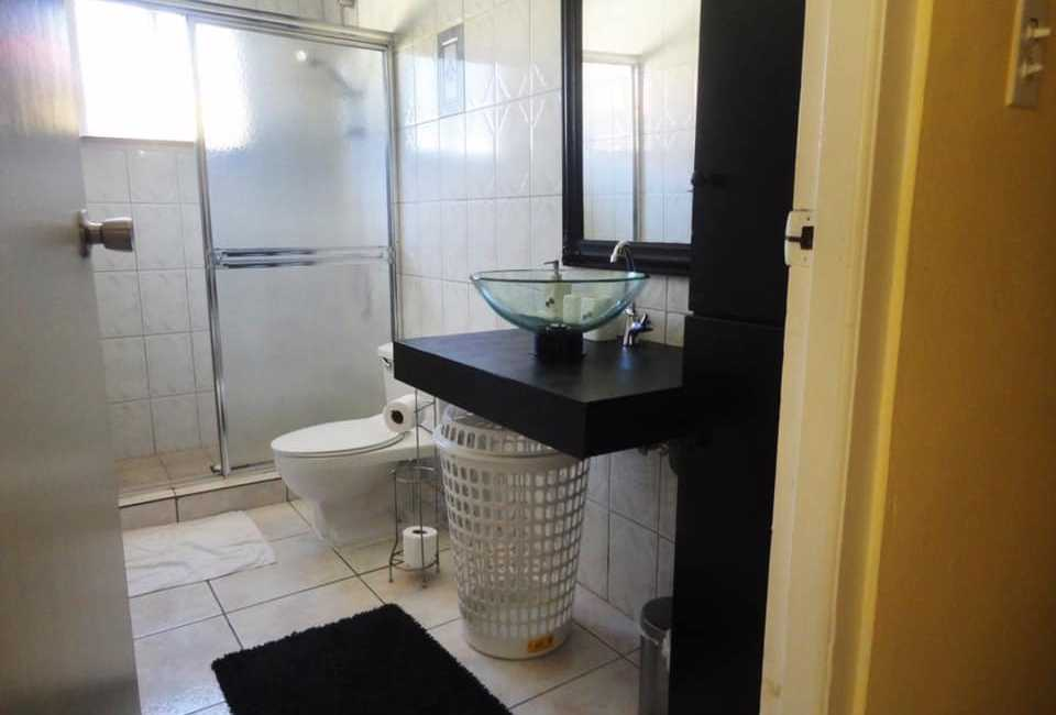 One Bedroom Apartment Fully Furnished In Alto Vista. 4