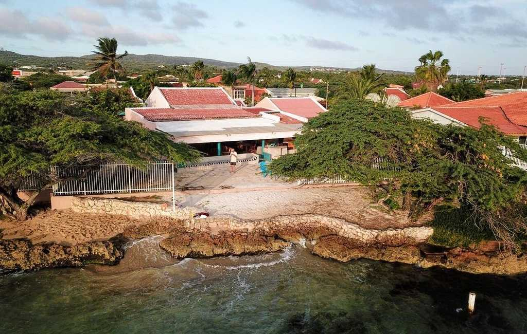 Beachfront Two-Villa Estate 21
