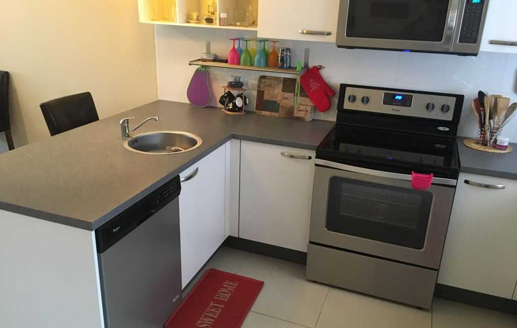 2beds 2baths in gold coast 10