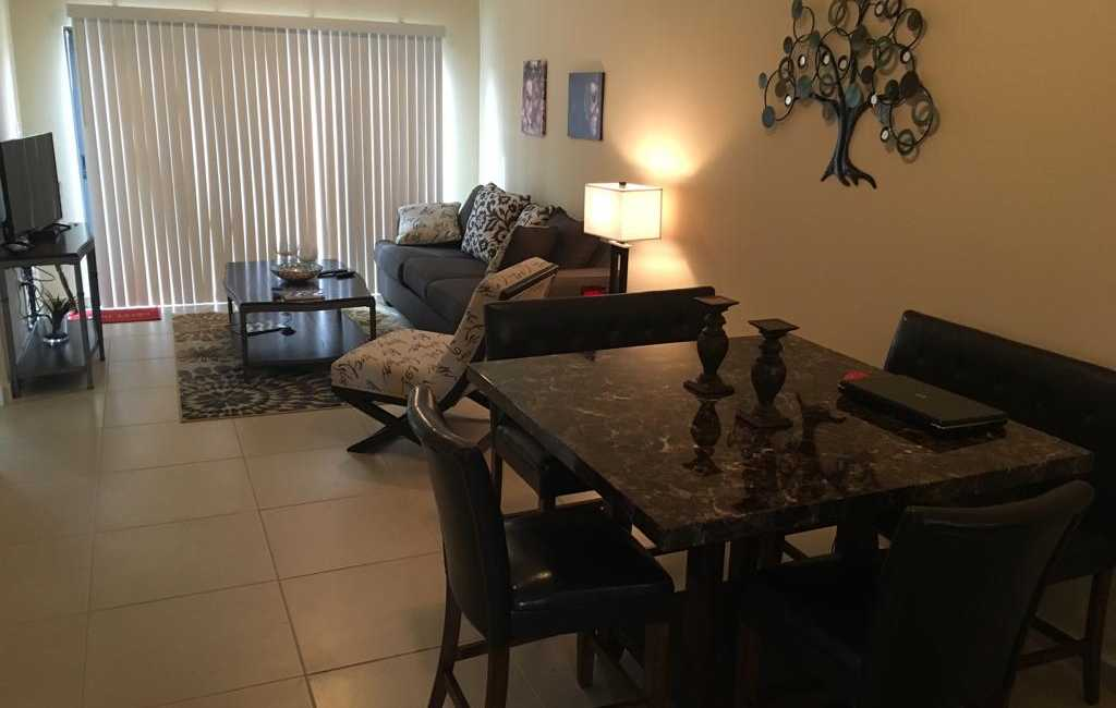 2beds 2baths in gold coast 2