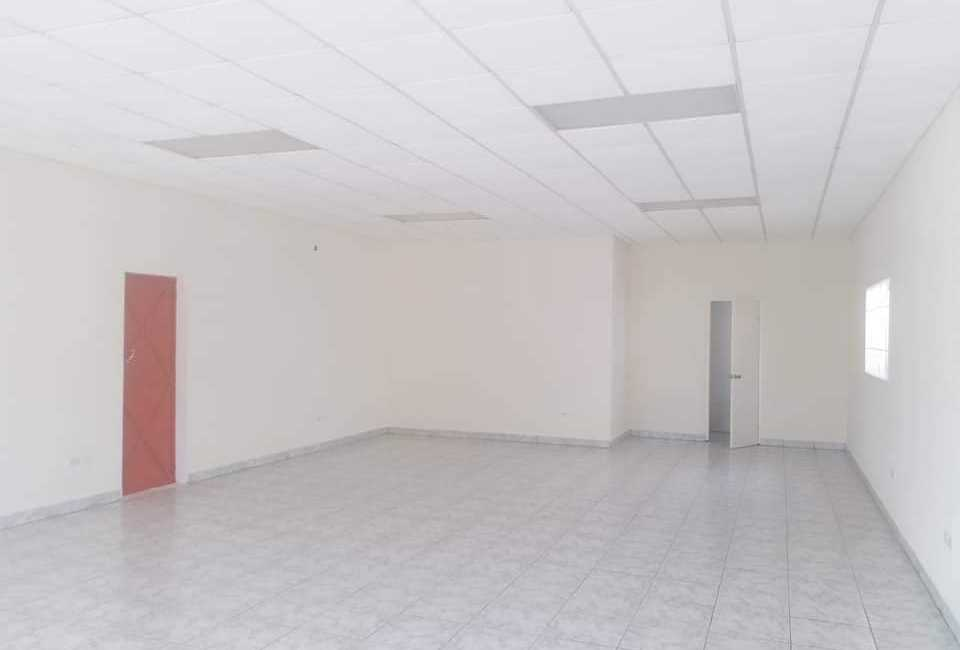 COMMERCIAL SPACE AVAILABLE FOR RENT In Oranjestad 2