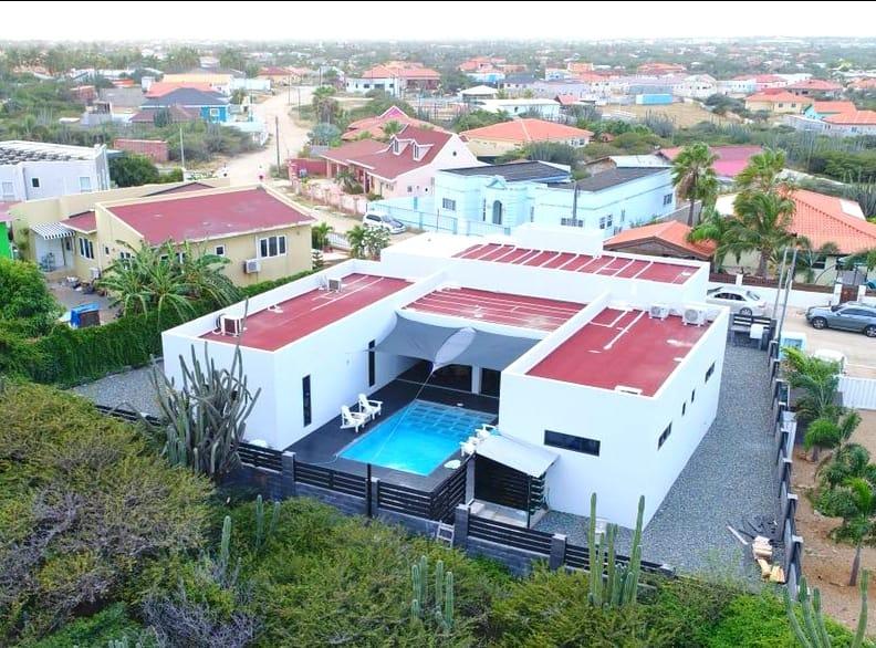 House For Sale In Papaya, Paradera