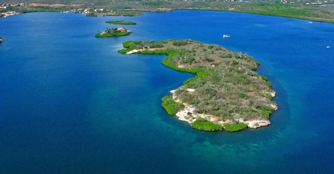 Private Island for Sale, Spanish Water Bay, Curacao 4