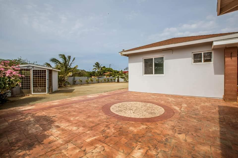 Spacious Home For Sale In Paradera 10