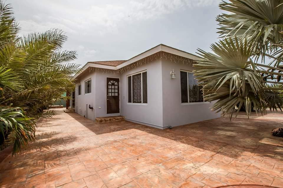 Spacious Home For Sale In Paradera 9