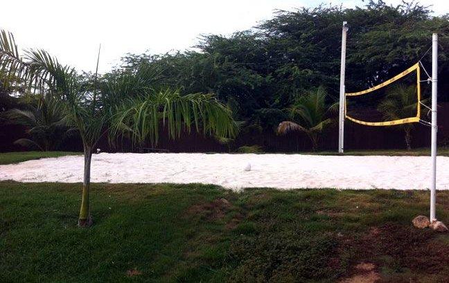 BOEGOEROOI NOORD VILLA volleyball