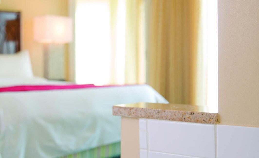 auaac-bedroom-0065-ver-wide