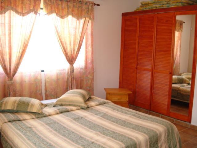 S.B. 3 kmr. woning master bedroom