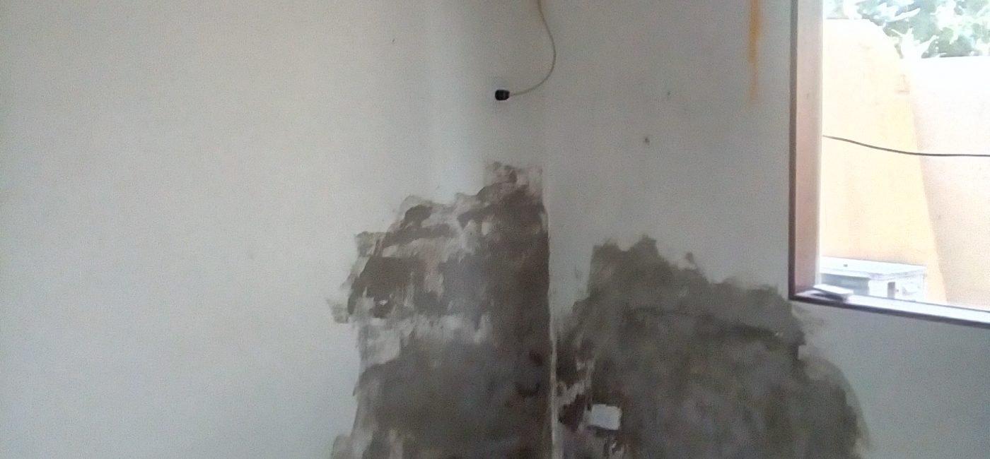 M8 Bedroom